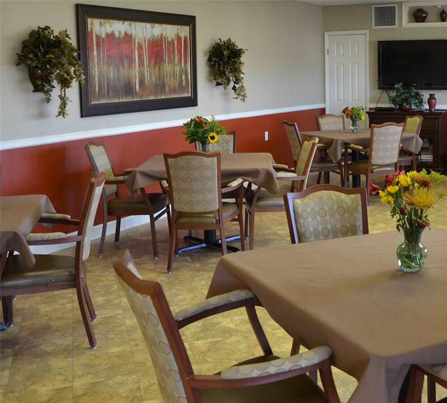 Greensburg-Dining-Room.jpg